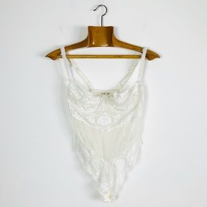 Vintage VS White Lace Mesh Thong Underwire Teddy